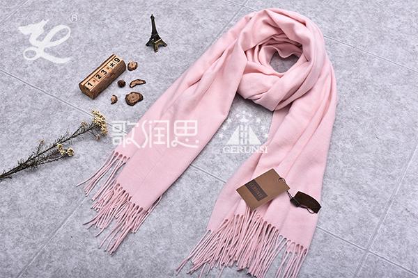 300克夹花围巾(樱花粉红色简约保暖长围巾)