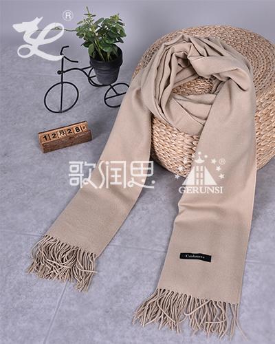 250克拉毛围巾(卡其色时尚百搭保暖围巾)